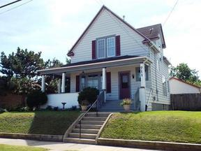 Residential Sold: 711 40th St