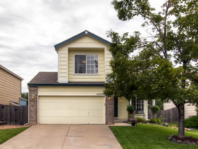 Centennial CO Single Family Home For Sale: $299,000