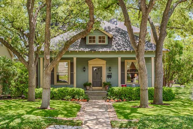 Homes for Sale in Alamo Heights, TX