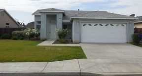 Clovis CA Residential For Rent: $1,595 per month