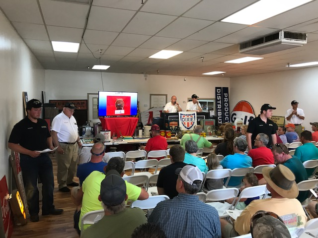 Live auction, consignment auction
