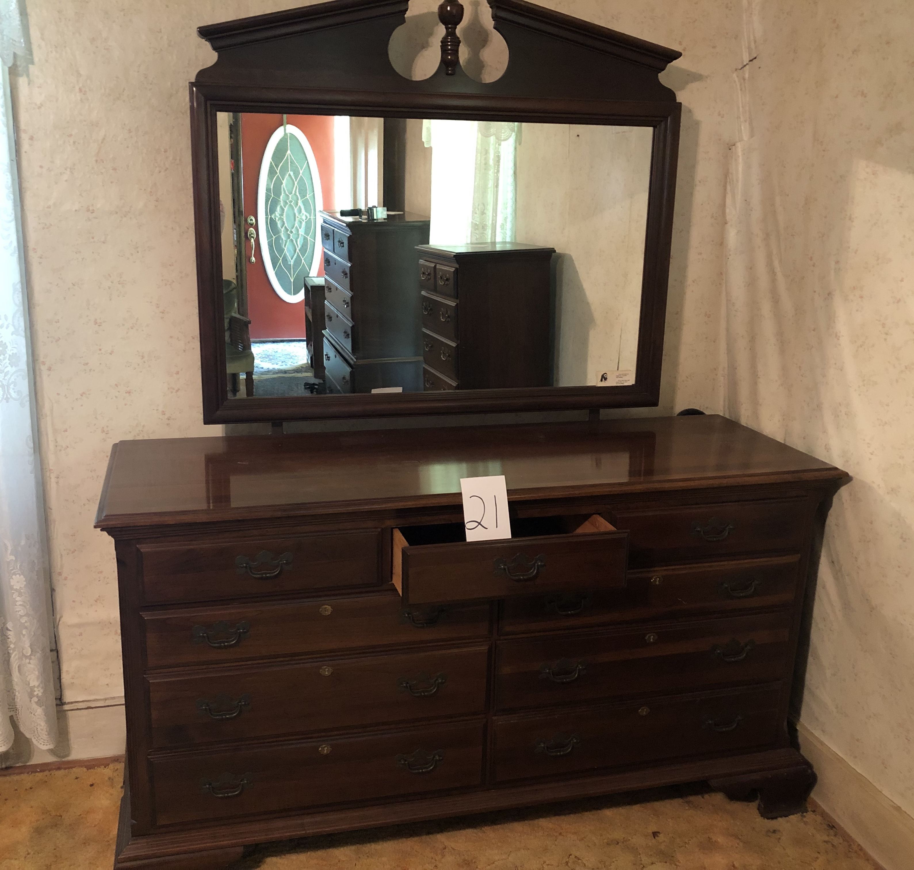 Antique Auction Online FHRA