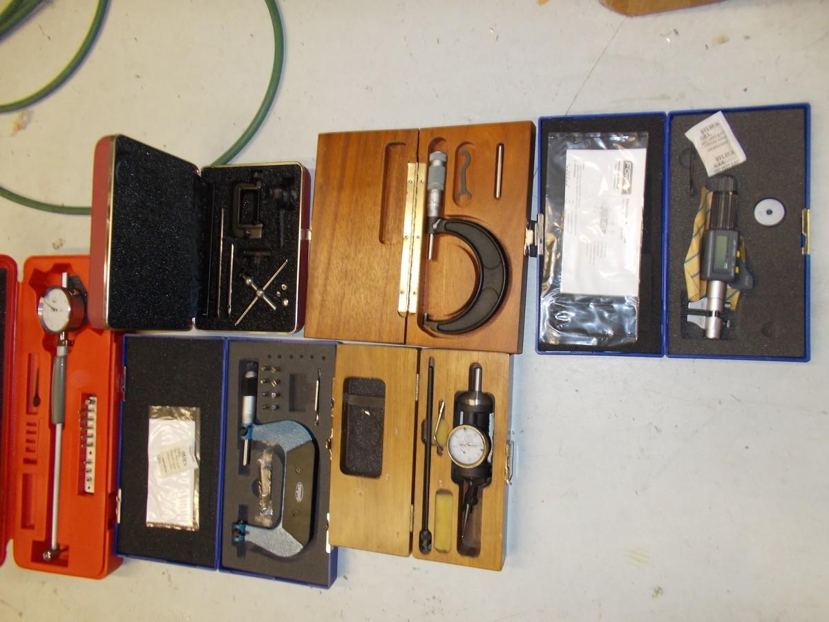 Mic, gauge, tools