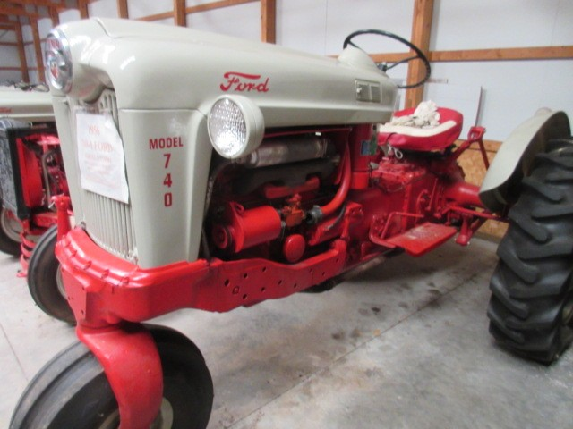 Antique Ford Tractor Auction