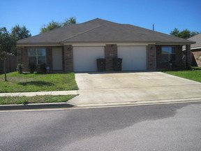Lease/Rentals For Rent: 1308 Chips Dr #B