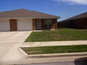 Multi Family Home For Rent: 2705 Vernice Lp  #B