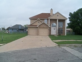 Single Family Home For Rent: 2503 Magnum Cir.