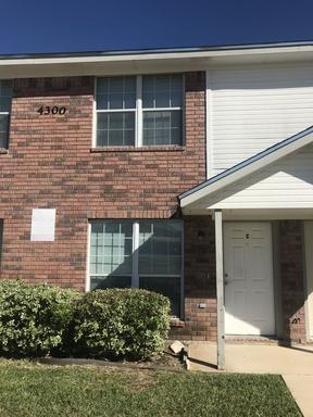 Multi Family Home For Rent: 4300 Mattie #C