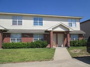 Multi Family Home For Rent: 2806 Leroy Cir #D
