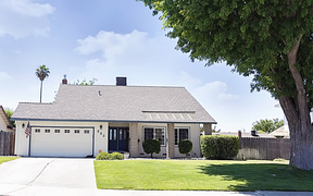 Lemoore CA Single Family Home For Sale: $299,000