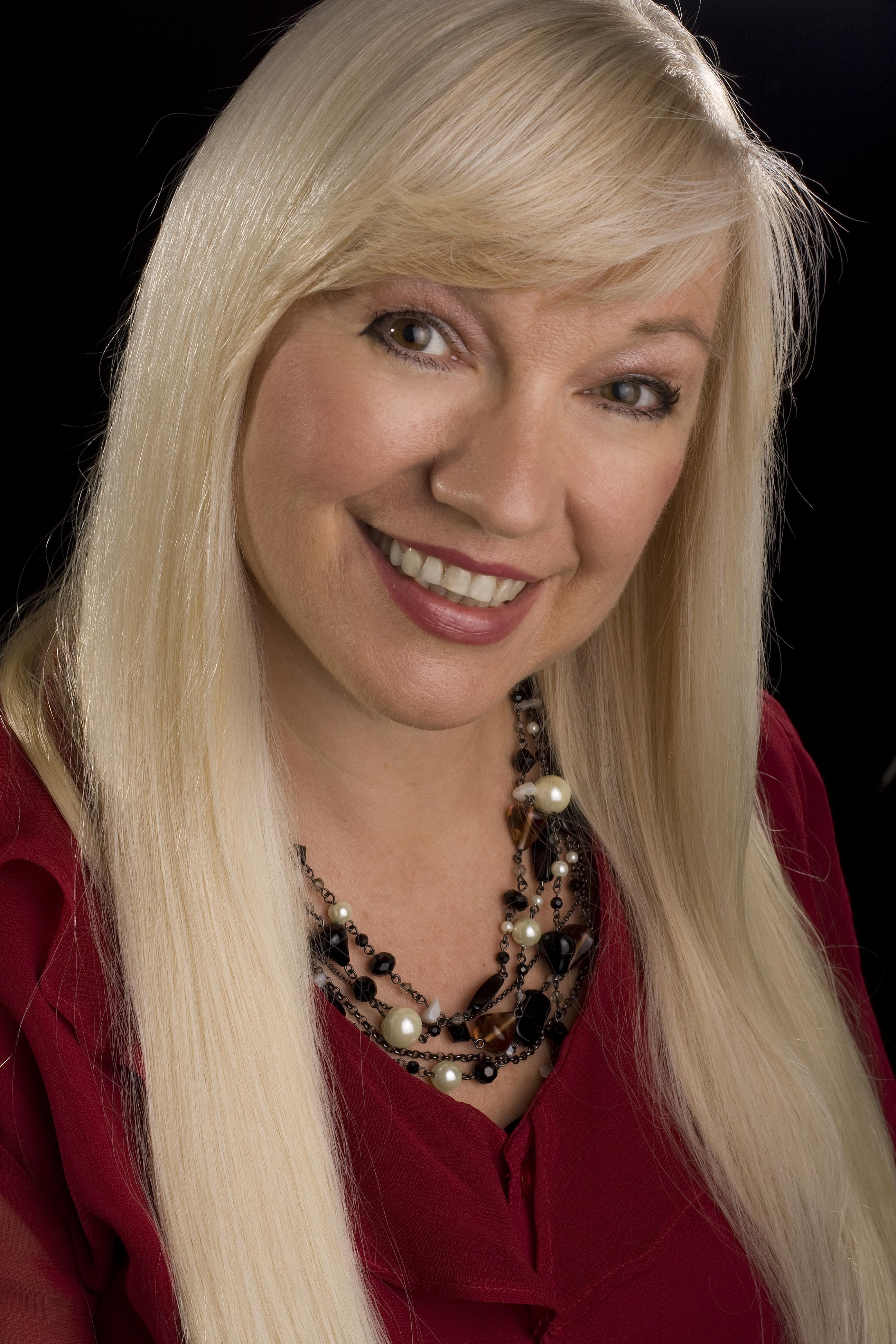 Elizabeth Palmer