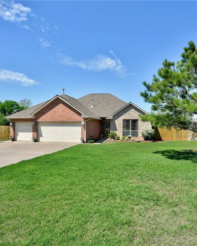 Homes for Sale in Guthrie, OK