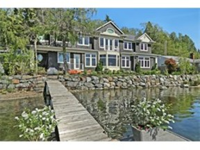Waterfront Home Sold: 3835 E Lake Sammamish Pkwy NE