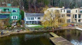 Waterfront cabin Sold: 1472 W Lake Sammamish Pkwy NE