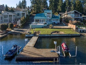 Single Family Home Sold: 2850 W Lake Sammamish Pkwy NE