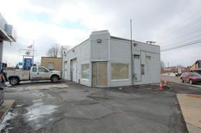 Commercial For Lease: 25 E Main Street