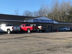 Commercial For Rent: 1385 Kiantone Rd.