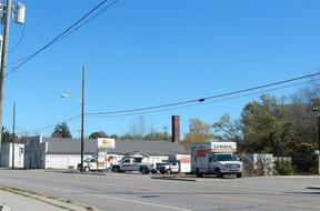 Commercial For Lease: 421 W Main St.