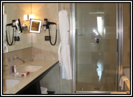 Bathroom02.jpg