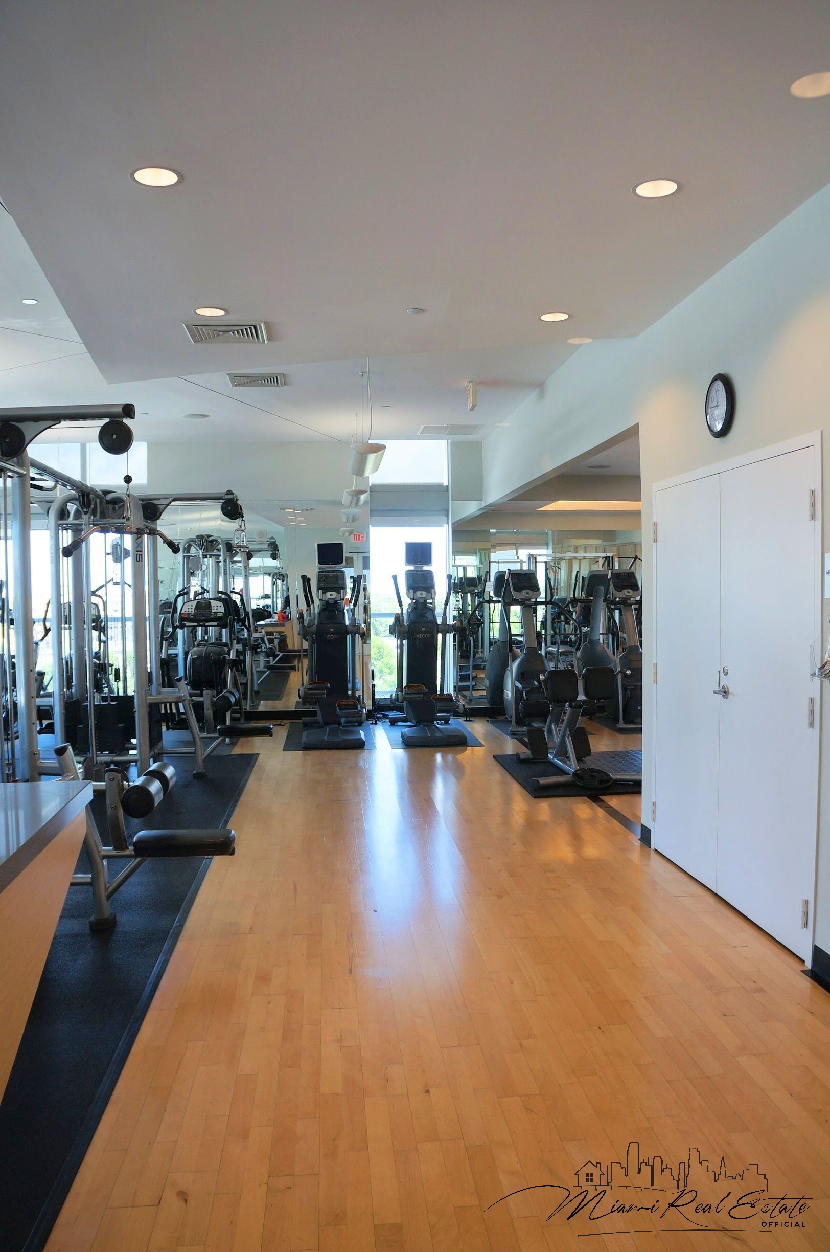 axis brickell gym fitness center