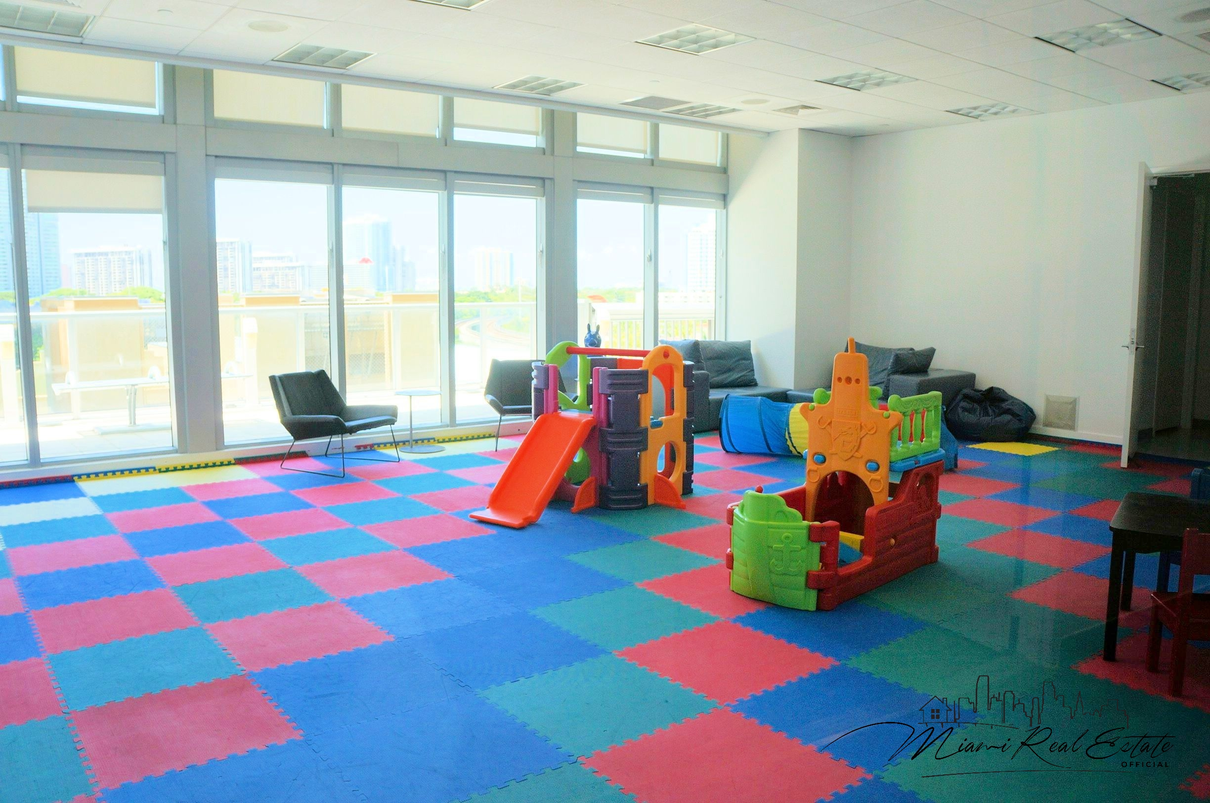 axis brickell kids room nanies