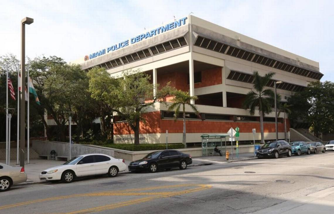 miami dade background checks for rentals and real estate transactions