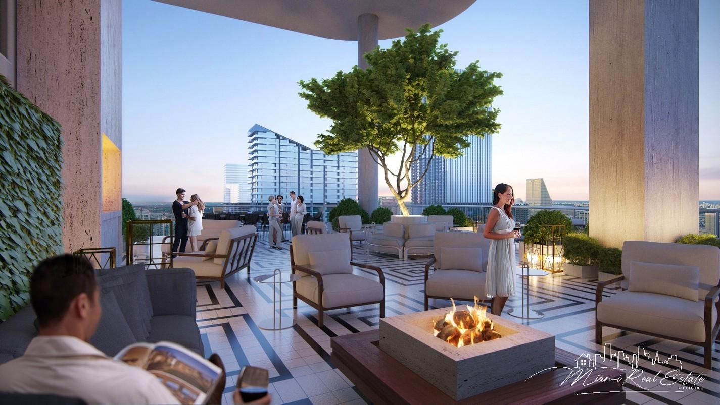 SLS Lux lounge