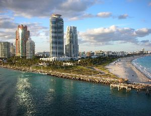 Homes for Sale in Miami Beach, FL