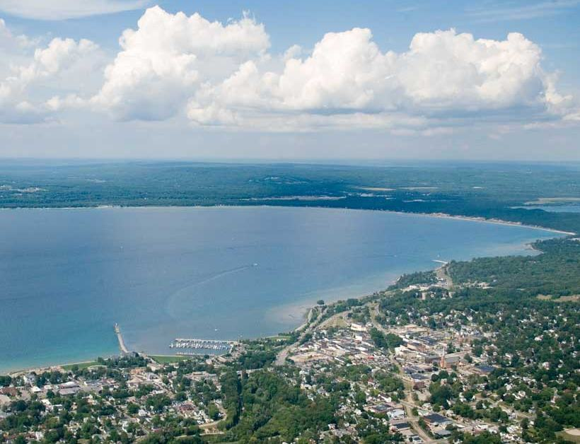 Homes for Sale in Petoskey, MI