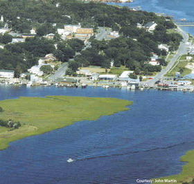Marvelous Homes For Sale In Southport Nc Home Interior And Landscaping Mentranervesignezvosmurscom