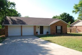 Single Family Home For Sale: 92 Elm Trail