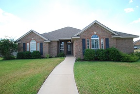 Single Family Home Sold: 605 Newberry Ct