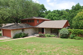 Single Family Home Sold: 2804 Pecan Valley
