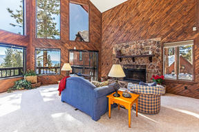 Incline Village NV Condo/Townhouse Sold: $698,500