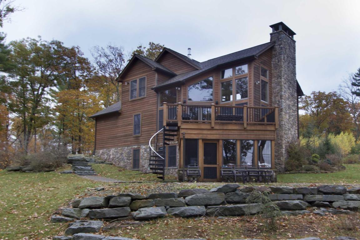 Whispering Pines Homes for Sale on Lake Wallenpaupack