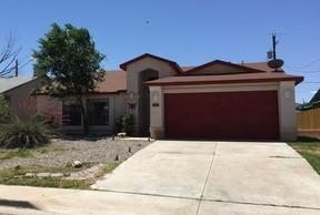Single Family Home For Rent: 610 Venus
