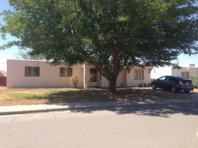 Single Family Home For Rent: 1204 Desert Eve