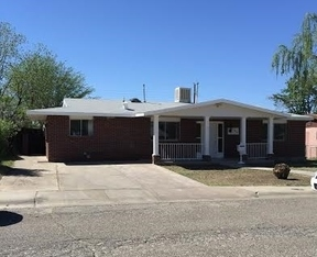 Single Family Home For Rent: 1404 16th St