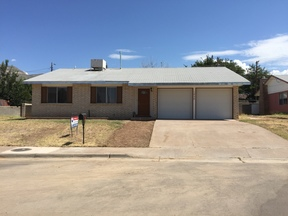 Single Family Home For Rent: 1828 Lamar