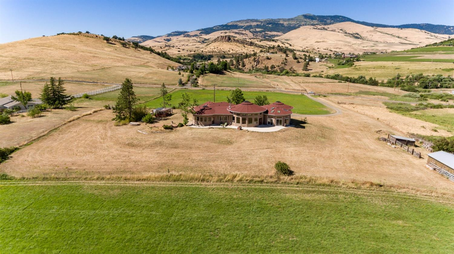 Homes for Sale in Ashland, OR