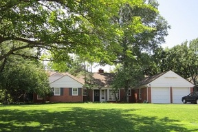 Single Family Home SOLD: 1806 Guilford Lane