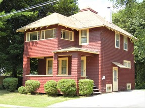 Jefferson County Single Family Home For Sale: 126 Elm Street