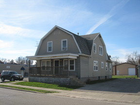 Multi Family Home Available Fall 2018: 1422 3rd St #A