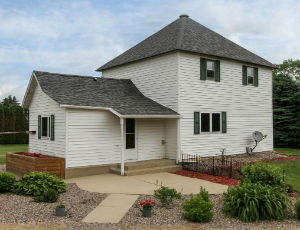 Homes for Sale in Dexter, MN