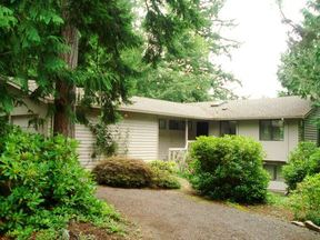 Residential Sold: 10 Topsail Ln