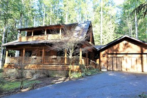 Single Family Home Sold: 43 Tyee Lane