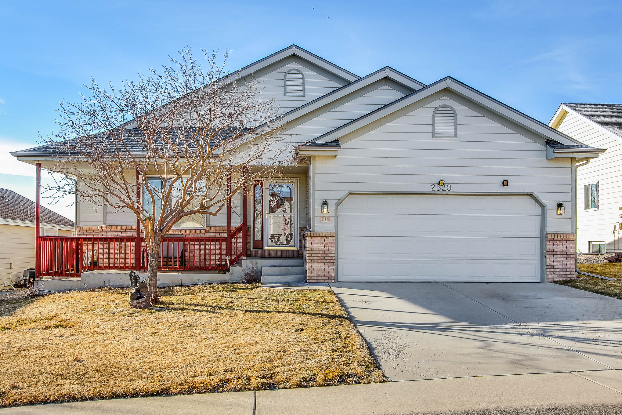 4 Bed, 3 Bath, Full Finished Basement, Abuts Golf Course $379,000