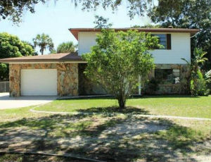 Homes for Sale in Colonial Terrace, FL