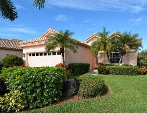 Homes for Sale in Gulf Gate Garden Homes East, FL