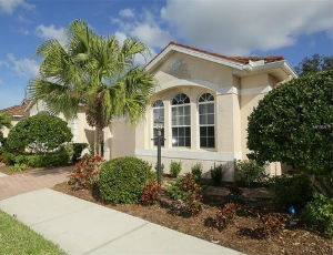 Homes for Sale in Palm Lakes, FL